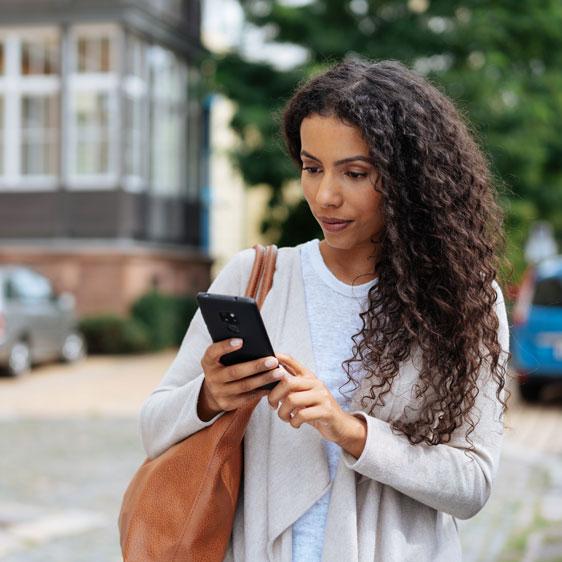 lady-mobile-app